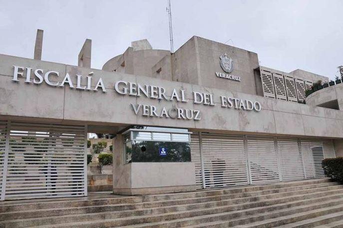 Abandonan cinco cuerpos en la autopista La Tinaja-Cosoleacaque, en Veracruz