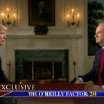 El periodista Bill O'Reilly entrevistó a Donald Trump, presidente de Estados Unidos. (Twitter @FoxNews)
