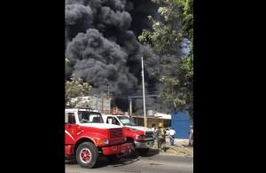 Incendio en fábrica de Guadalajara.