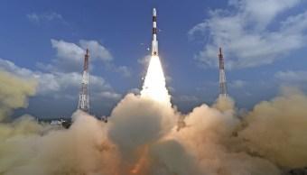 La agencia espacial india emitió en directo todo el proceso desde la cuenta atrás hasta la confirmación del éxito de la operación