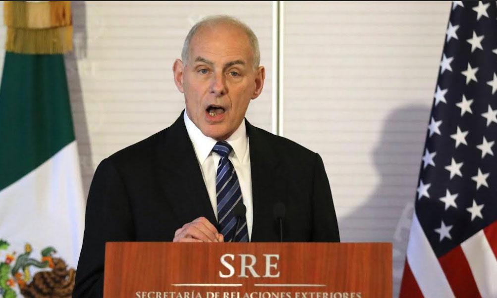 John Kelly, secretario de Seguridad Nacional de Estados Unidos, participa en una conferencia conjunta con Luis Videgaray, secretario de Relaciones Exteriores de México. (Reuters)