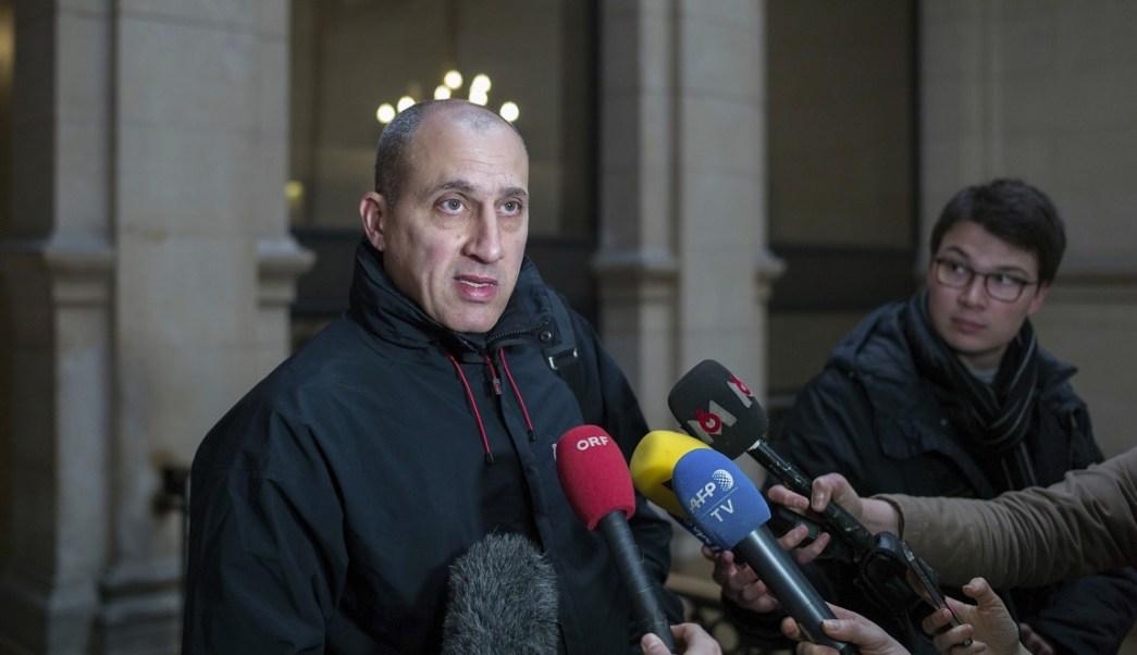 Vjeran Tomic es acusado de participar en uno de los mayores robos de arte del mundo al sustraer obras de Picasso y Matisse del Museo de Arte Moderno de París (AP)