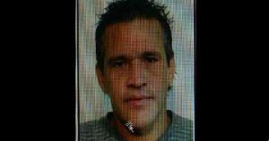 Luis Arroyo, de 40 años, agredió a golpes a su pareja y luego decapitó con la boca al cachorro. (http://www.primerahora.com/)
