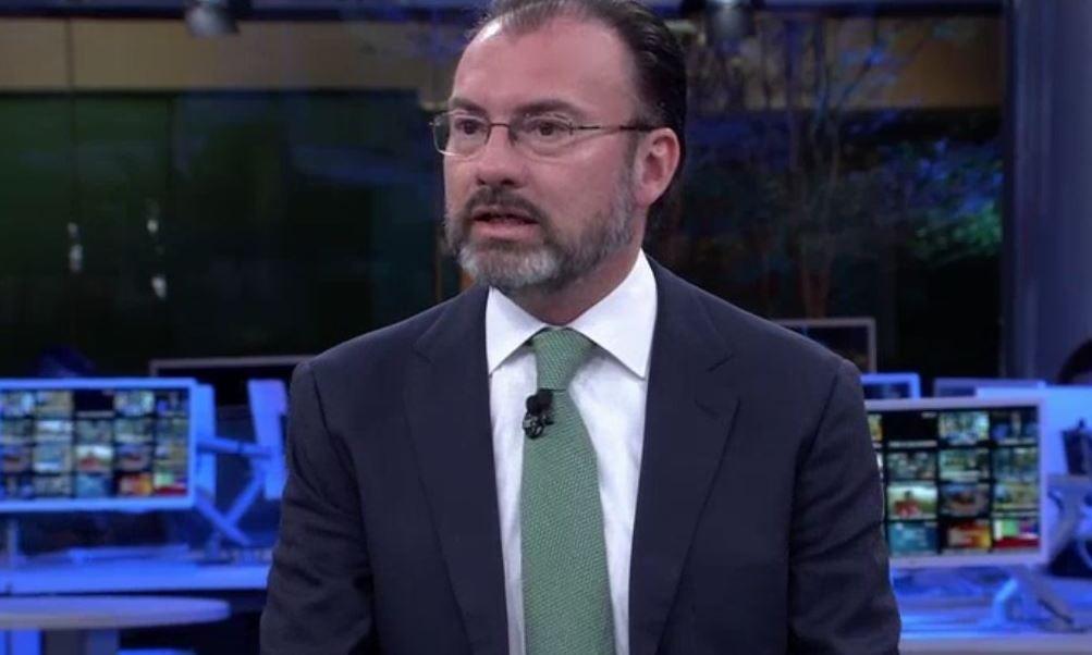 Luis Videgaray, canciller de México, en el estudio de Despierta con Loret (Noticieros Televisa)