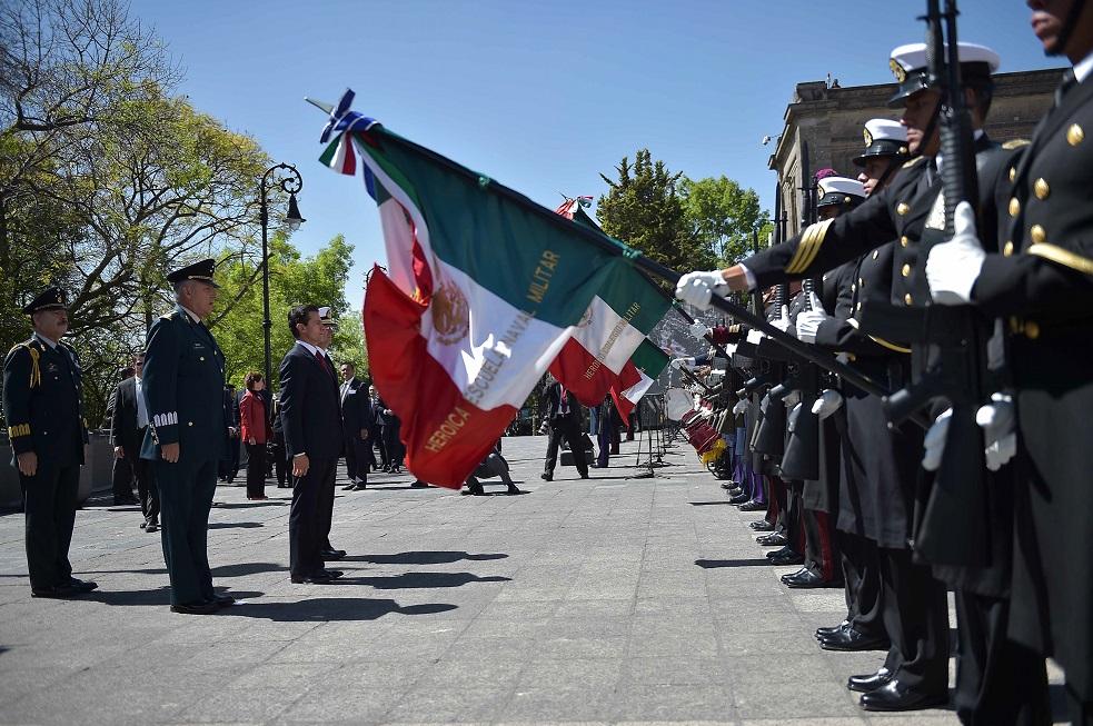 Llama Salvador Cienfuegos a la unidad de los mexicanos