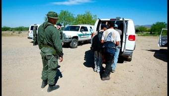 La Policía Fronteriza de Estados Unidos traslada a indocumentados.(Getty Images, Archivo)