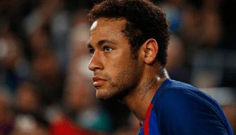 Neymar disputando un partido entre el F.C. Barcelona y el CD Leganés.