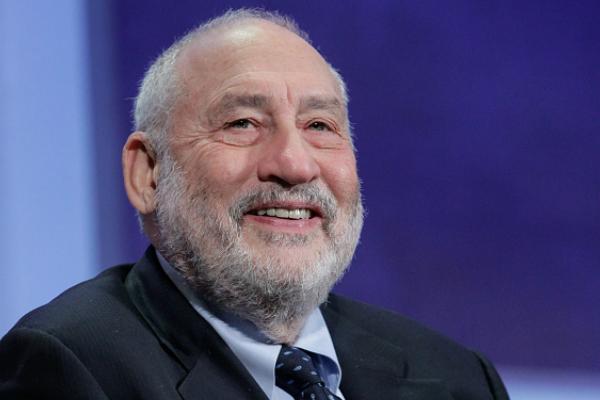 El Premio Nobel de Economía 2001, Joseph Stiglitz, considera que será difícil que se realice la negociación del TLCAN. (Getty Images, archivo)