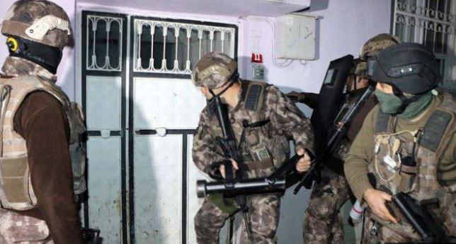 Policía detiene en Turquía a 445 personas por vínculos con el grupo Estado Islámico