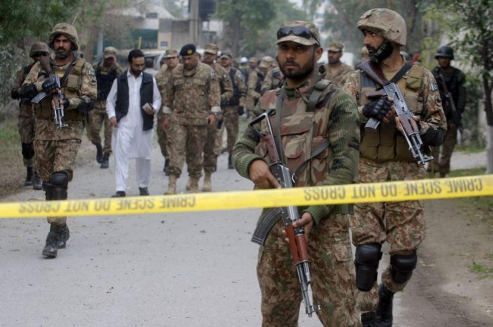 La Policía explica que explicó que los terroristas se aproximaron al tribunal y abrieron fuego. (AP, archivo)