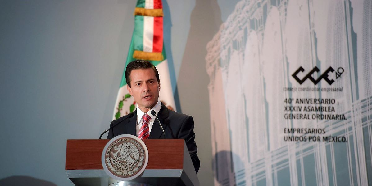 El Consejo Coordinador Empresarial anunció al presidente Peña Nieto que, durante 2017, invertirá al menos 3 billones y medio de pesos, es decir, 3 y medio millones de millones de pesos en el pais. (Notimex)