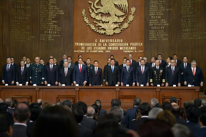 La ceremonia del Centenario de la Constitución de 1917 se realizó en el Teatro de la República en el estado de Querétaro (Presidencia)