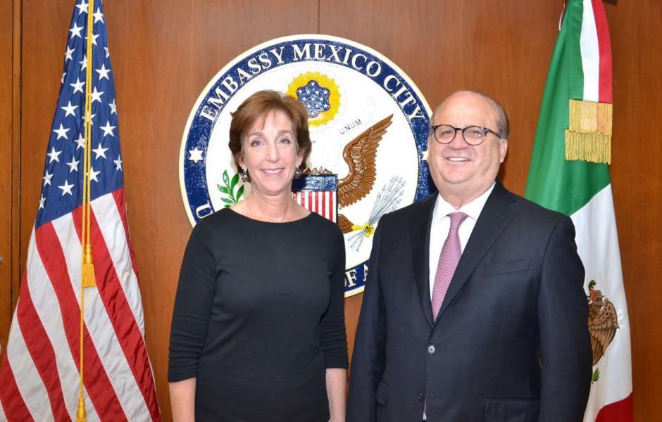 El presidente de la Conago, Graco Ramírez, se reunió con la embajadora de EU en México, Roberta S. Jacobson.
