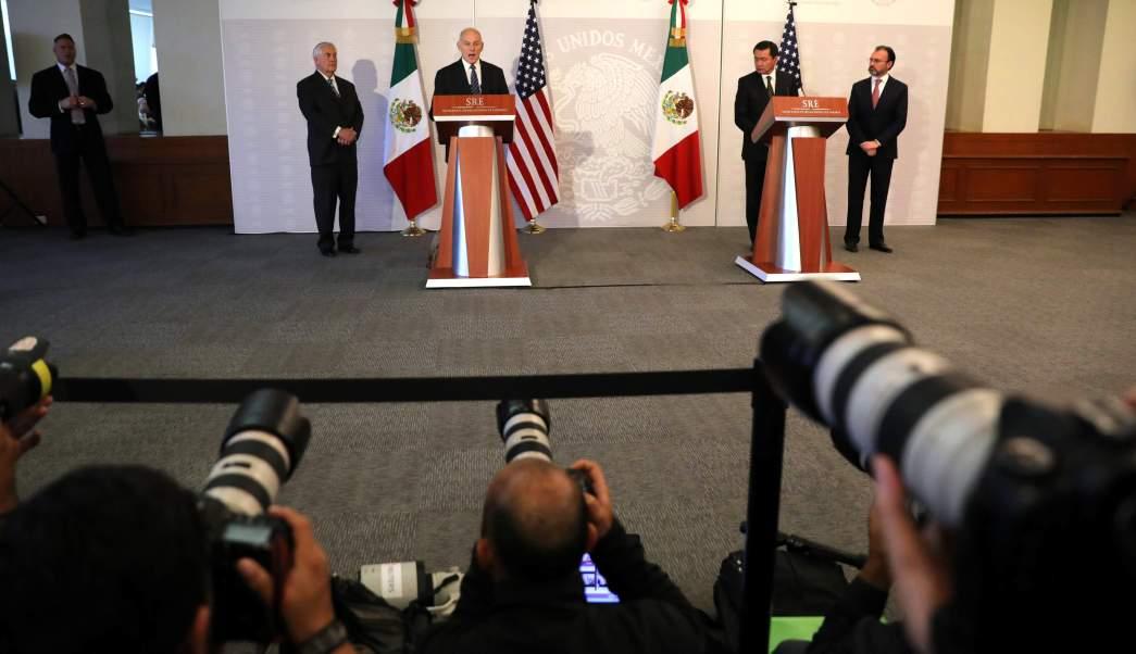 Por la mañana, los funcionarios estadounidenses se reunieron con el canciller mexicano, Luis Videgaray y el secretario de Gobernación, Miguel Ángel Osorio Chong. (Reuters)