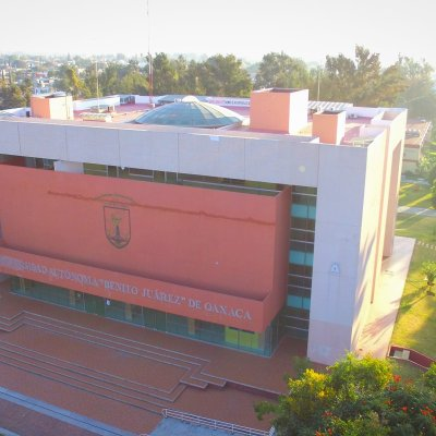 Estudiantes de enfermería toman instalaciones de la UABJO