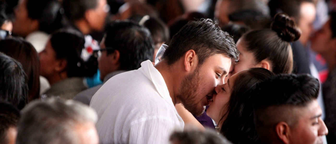 Ciudad de México rompe record en bodas colectivas