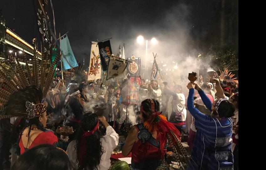 Con danza celebran el año nuevo 2017 Mexihca Macuilli Calli (Twitter@Luz13Lucero)