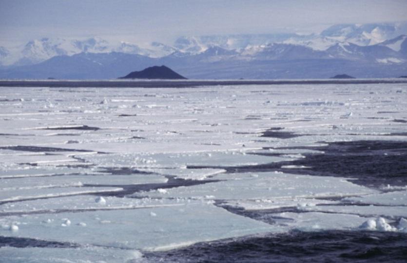 El hielo se derrite y queda delgado como una hoja en la Antártida (Getty Images/archivo)