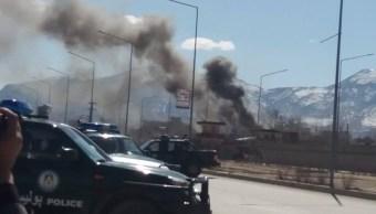 Varios suicidas talibanes atacaron las instalaciones policiales de Kabul, en Afganistán. (Twitter: @pajhwok)