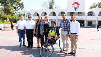 Atleta paralímpico Mario Dávalos Romero recorre la República Mexicana. (Twitter @DIF_Cancun)