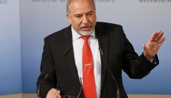 El ministro de Defensa Israelí Avigdor Lieberman habla en la Conferencia de Munich sobre Seguridad. (Reuters)