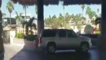 La persecución de los presuntos delincuentes desata balacera en San José del Cabo (Facebook Noticias La Paz)