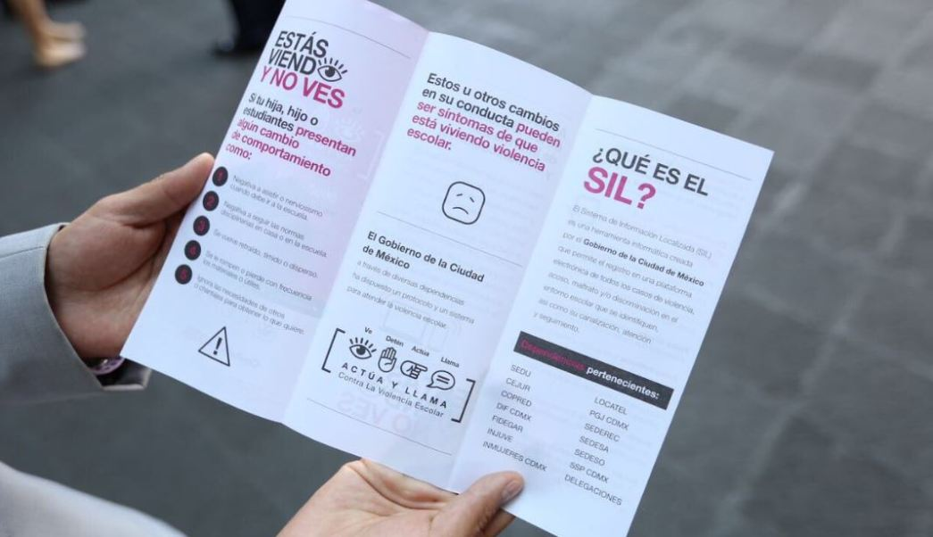 """Fue presentada en la Ciudad de México la campaña """"Estás viendo y no ves para disminuir los casos de acoso escolar o bullying. (@ManceraMiguelMX )"""