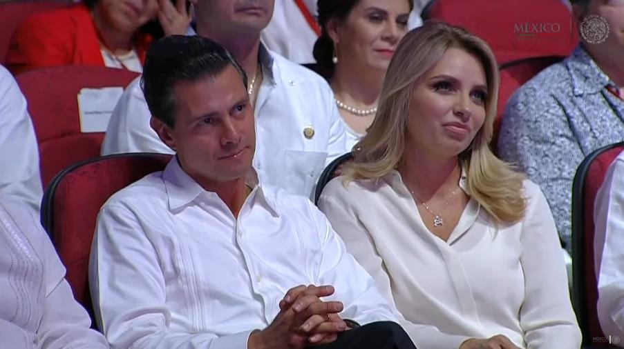 El presidente de México, Enrique Peña Nieto, y Angélica Rivera, primera dama, durante la ceremonia inaugural del Tianguis Turístico México 2017 (Foto: gob.mx/presidencia)