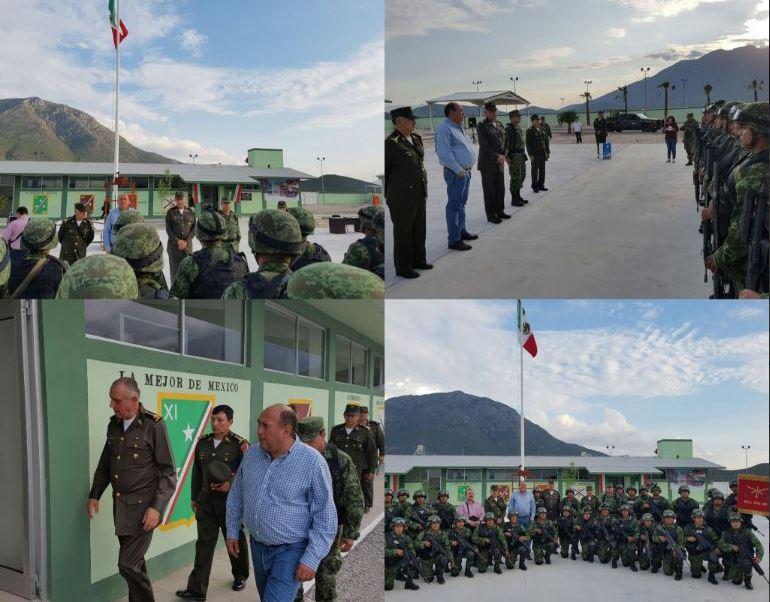 El general Salvador Cienfuegos supervisando la Base de Operaciones de Candela, Coahuila. (Twitter@S_Cienfuegos_Z)