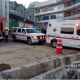 De acuerdo a los primeros reportes, 10 trabajadores quedaron sepultados entre los escombros (Foto: @CruzRojaEM)