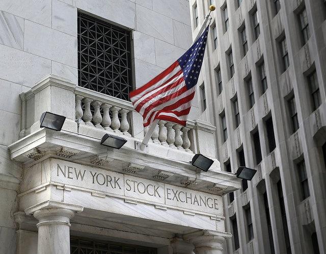 Detalle de la fachada de la Bolsa de Nueva York. (AP, archivo)