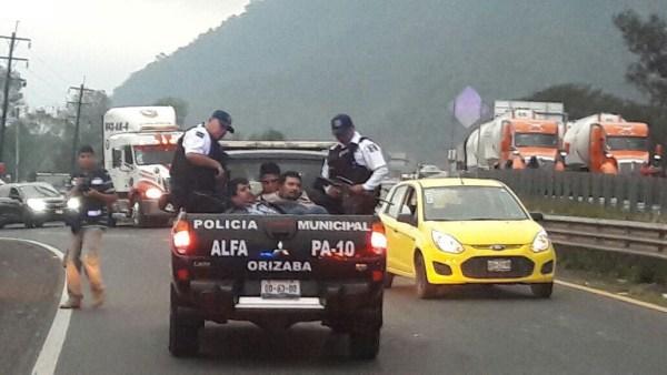 Detienen a 11 personas tras ataque en Río Blanco. (Noticieros Televisa)