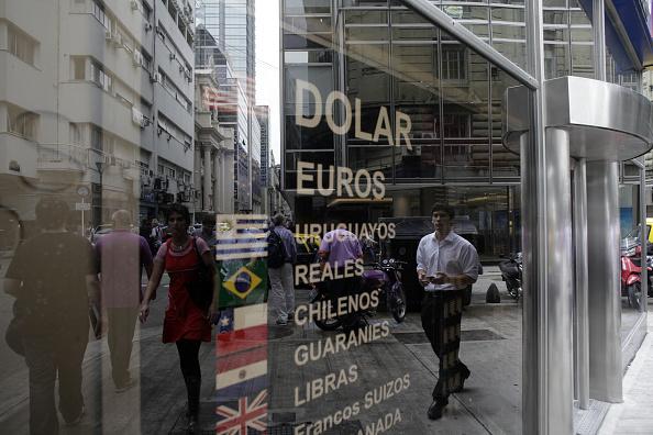 Monedas de América Latina se preparan para enfrentar el impacto que causarán los movimientos de la Fed. (Getty Images)