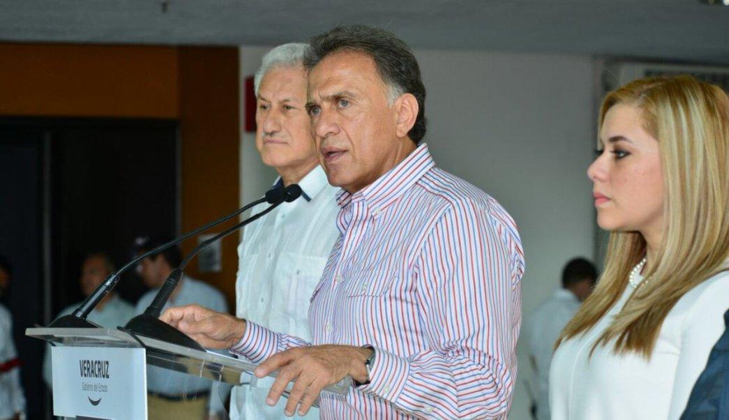 Miguel Ángel Yunes, Linares, gobernador de Veracruz. (Twitter @YoconYunes, Archivo)