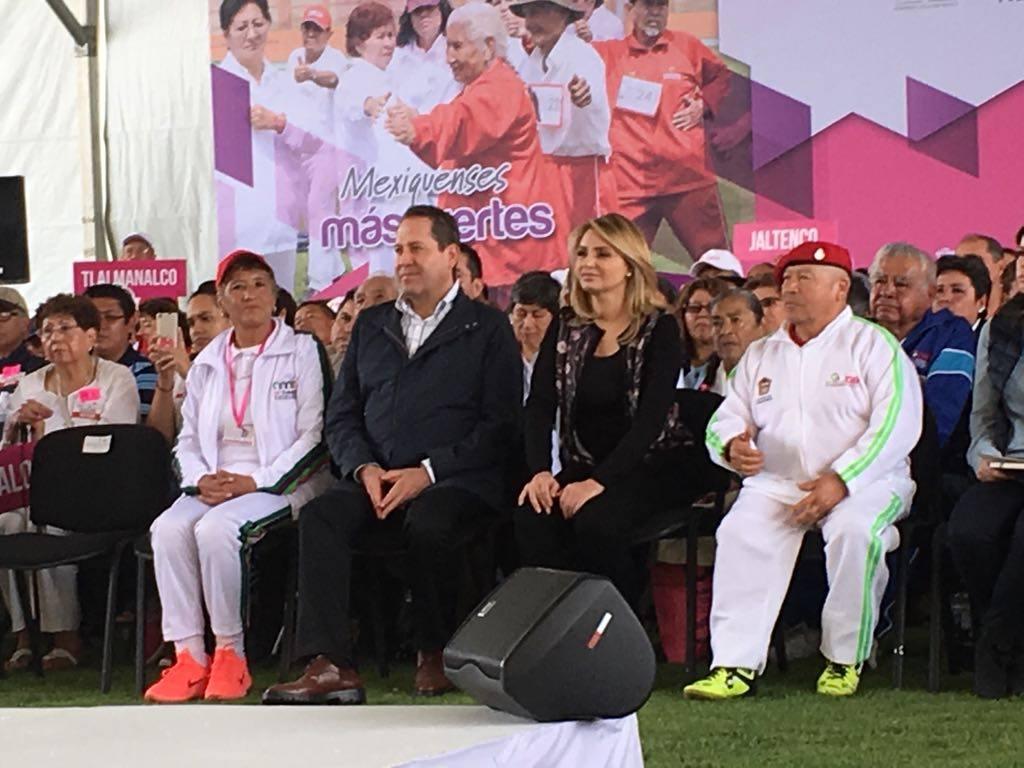 Edomex reduce rezago educativo: Eruviel Ávila