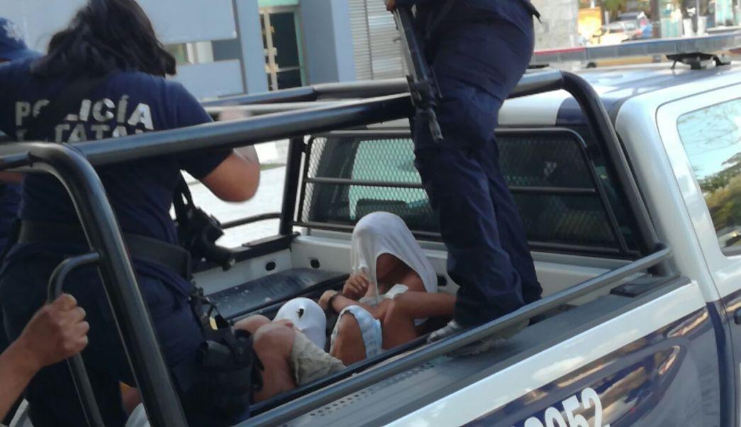Los heridos son atendidos en el Hospital General. (Noticieros Televisa)