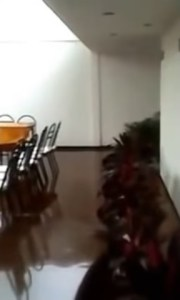 Encharcamiento en el albergue del Hospital Infantil de Morelia; las autoridades rechazan fallas estructurales en el inmueble (You Tube- La Bandera Noticias)