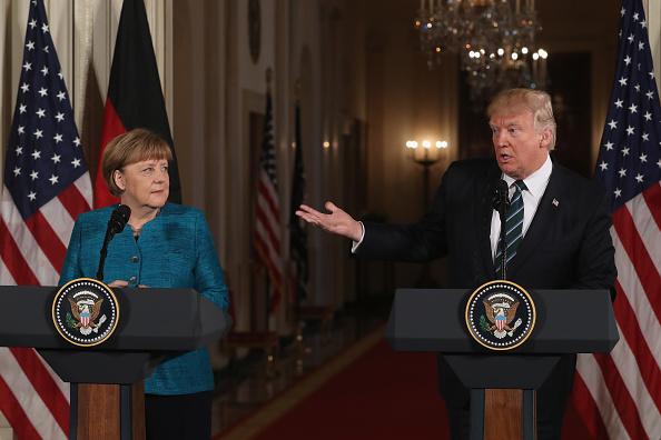 Trump y Merkel hablan con periodistas en la Casa Blanca (Getty Images)