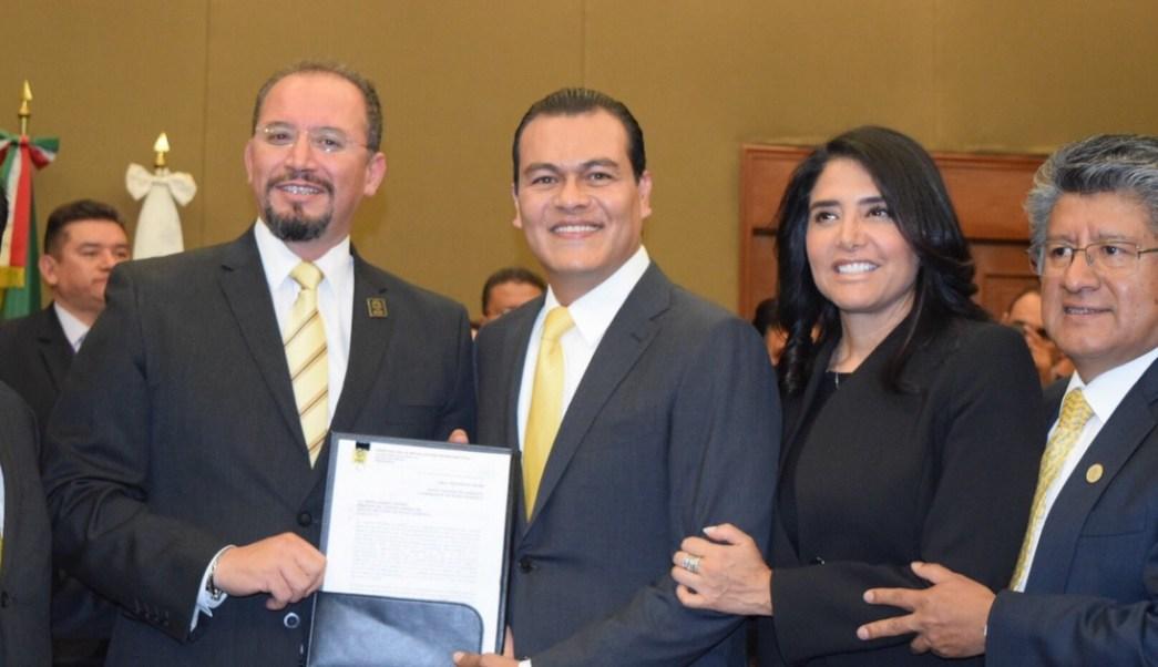 Juan Zepeda se registró como candidato del PRD a la gubernatura del Edomex. (Twitter @JuanZepeda_)