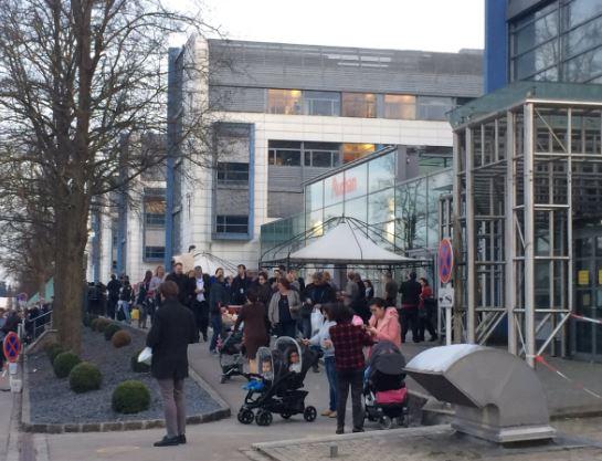 Una alerta de bomba obligó a evacuar un complejo de cines y una gran superficie comercial en Luxemburgo