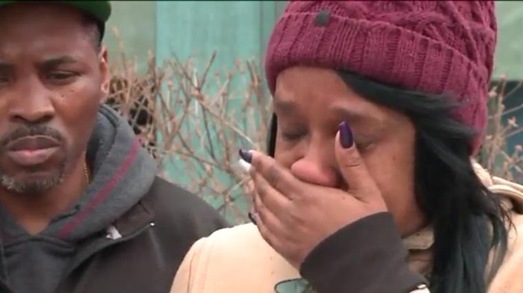 Stacey Elkins, madre de la joven de 15 años, alertó a la policía que su hija era el tema de un video sexual en Facebook Live (Twitter: @dn_nation_world )