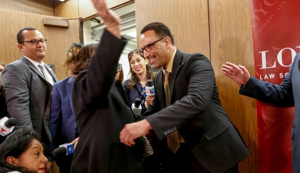 Marco Contreras pasó 20 años en la cárcel por un delito que no cometió.