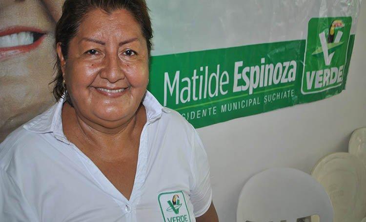 Luego de ocho horas de estar detenida, la alcaldesa, Matilde Espinosa, fue puesta en libertad sin darse a conocer bajo que condición. (Twitter: @VocesFeminista)
