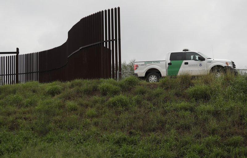 Valla fronteriza en la frontera entre México y EU.