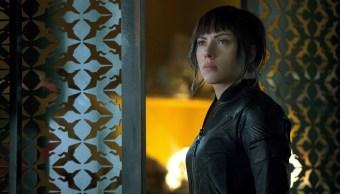 """La actriz Scarlett Johansson, que protagoniza """"Ghost in the Shell"""", un filme regido por la relación entre el hombre y la máquina (EFE)"""