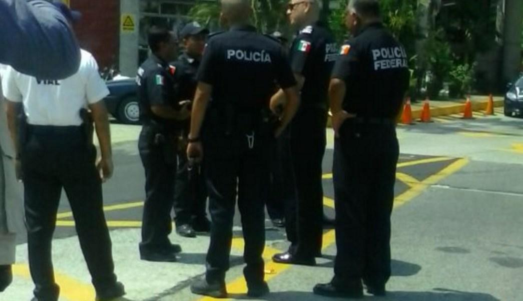 Al puerto de Acapulco llegaron cientos de policías federales para reforzar la vigilancia. (Twitter: @AcapulcoGob)