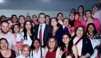 Enrique Ochoa Reza participa en un evento con priistas; afirma que el PRI ganará elecciones con la participación de las mujeres (Twitter @EnriqueOchoaR)