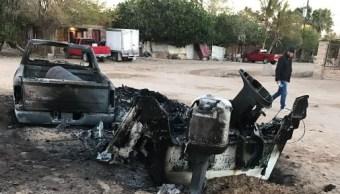 Los pescadores quemaron los vehículos en protesta por la veda impuesta para la captura de Curvina Golfina para proteger a la Vaquita Marina. (Twitter@PROFEPA_Mx)