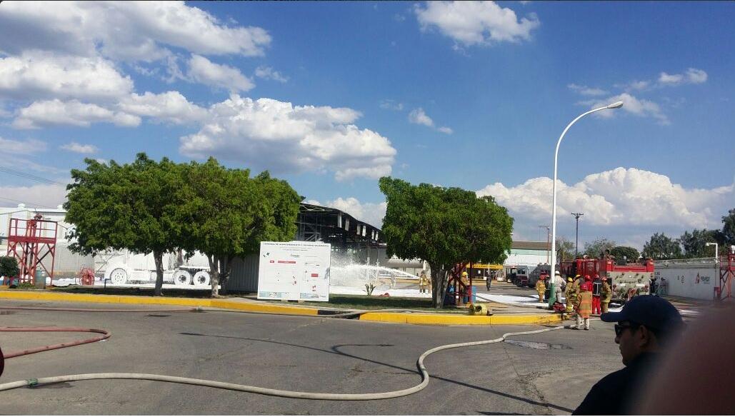 Explosión en la refinería de Salamanca, Guanajuato. (Twitter @SaludGuanajuato)