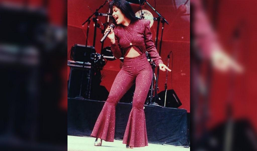 Selena en su última presentación en Estados Unidos, un día antes de que fuera asesinada. (Getty Images, Archivo)